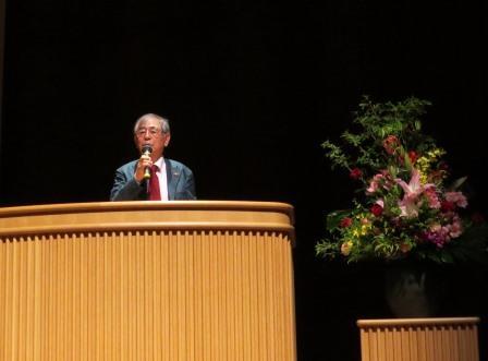講師は 小松電機産業株式会社代表取締役 小松昭夫氏