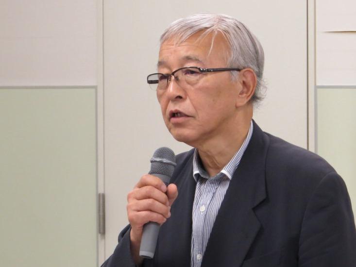和菓子の歴史などについて語る島根県菓子工業組合理事長 山口研二氏