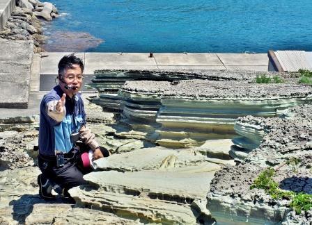 1500万年前に出来たグリーンタフについて 熱く語る松本教授